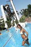 Bikini Candids (34 HQ) - 2006 calendar Foto 81 ( - Календарь 2006 Фото 81)