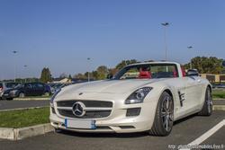 th_408220963_Mercedes_SLS_Roadster_2_122_200lo