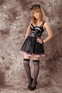 http://img163.imagevenue.com/loc244/th_232318446_Silver_Sandrinya_maid_3_001_122_244lo.jpg