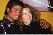1983 - Thriller Certified Platinum  Th_579299848_184702_191228764243141_1377084_n_122_246lo