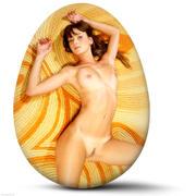 http://img163.imagevenue.com/loc253/th_127587290_EasterEggs_040410_072l_123_253lo.jpg