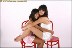 http://img163.imagevenue.com/loc259/th_086423953_Natanya_Esmay_spec02_019_123_259lo.jpg