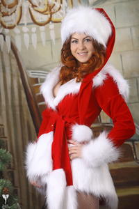 http://img163.imagevenue.com/loc528/th_530991438_silver_angels_Sandrinya_I_Christmas_1_004_123_528lo.jpg