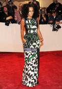 th_27641_Tikipeter_Solange_Knowles_Savage_Beauty_Gala_005_123_571lo.jpg
