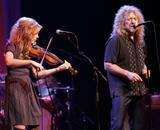 Alison Krauss and Robert Plant 6HQ